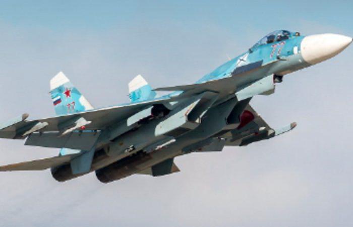 مقاتلة روسية تعترض طائرتَيْن أمريكيتَيْن بعد اقترابهما من الحدود