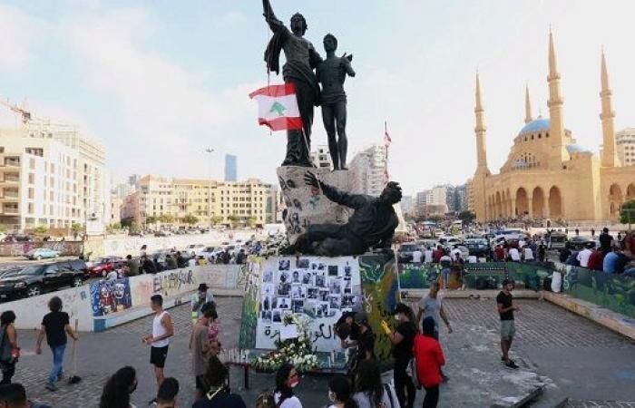 غضب الشارع يتصاعد.. واستقالات نواب في لبنان