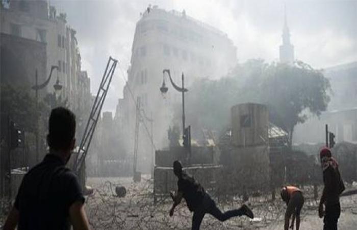 تجدد الاشتباكات بين قوى الأمن ومحتجين في وسط بيروت .. بالفيديو