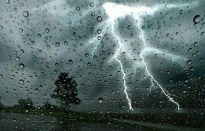 """""""الأرصاد"""": أمطار رعدية وأتربة على نجران والشرقية والمرتفعات والسواحل الغربية"""