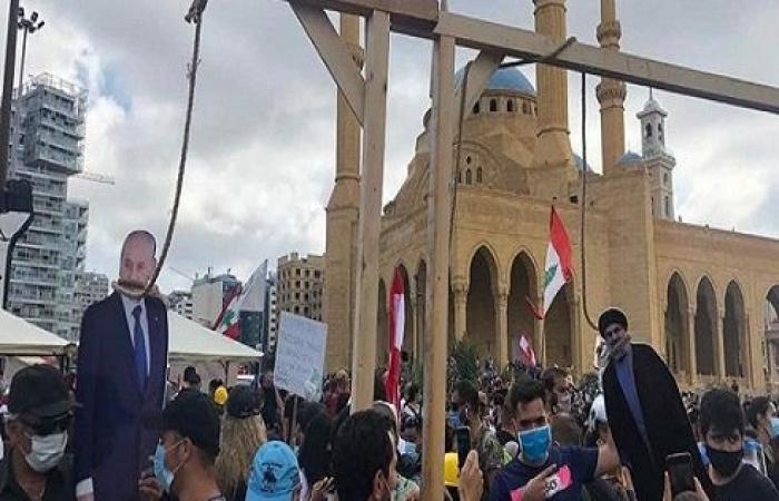 """حزب الله في قلب الغضب اللبناني.. """"الخناق يضيق"""""""