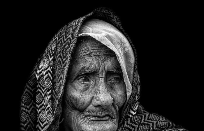 """المصورة """"القحطاني"""" تتوج بذهبية بنين الدولية وفضية infinity في البوسنة"""