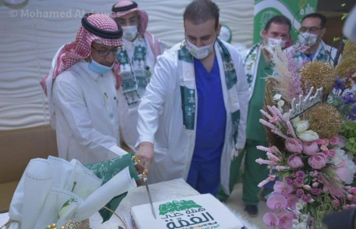 """""""نوارة التطوعي"""" يحتفل باليوم الوطني في مستشفى الملك سلمان"""