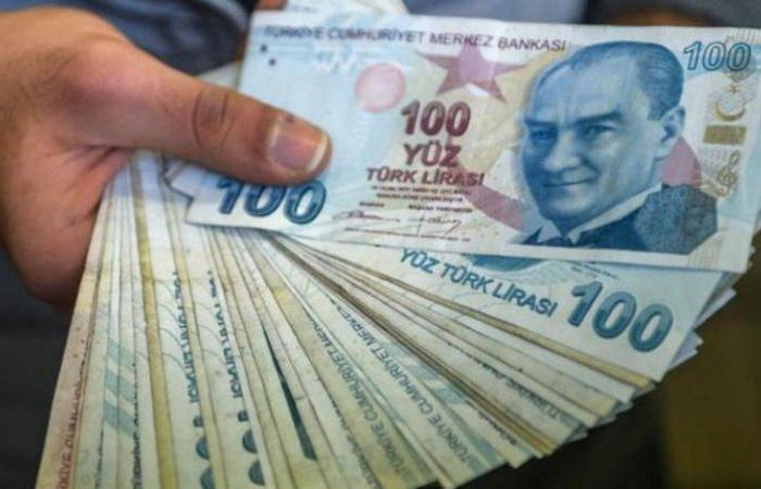 أسوأ العملات أداءً.. الليرة التركية تُواصل تراجعها