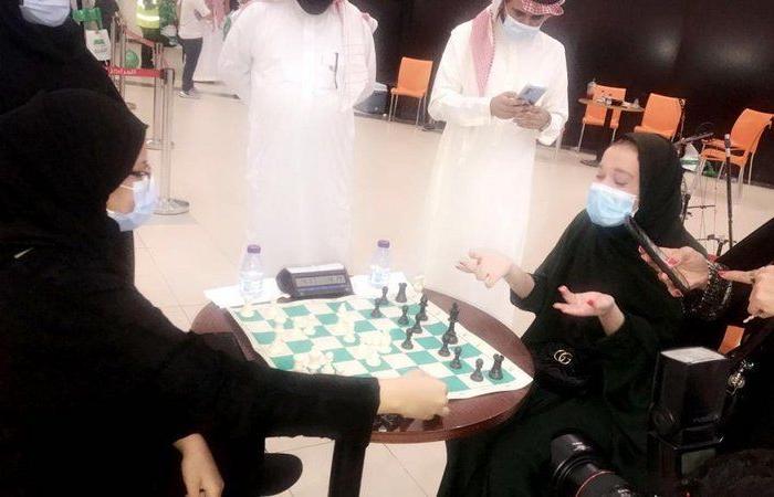 """عروض التايكوندو والشطرنج بجدة تضيء سماء الوطن في الذكرى """"90"""""""
