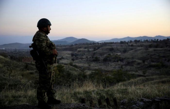 أرمينيا وأذربيجان تتبادلان الاتهامات بانتهاك اتفاق وقف إطلاق النار