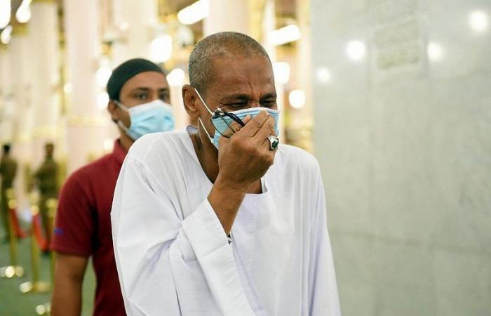 إلى روضة المصطفى ومسجده الشريف.. عوْد أحمد للصلاة والزيارة والأجواء إيمانية