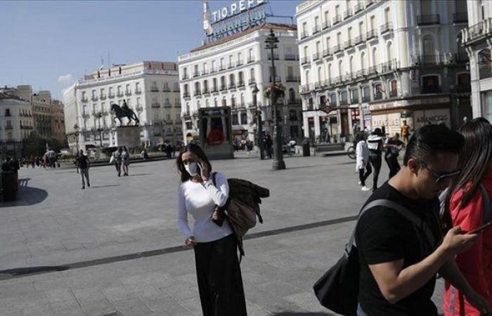 """بينها حظر التجول.. إسبانيا تدرس تشديد الإجراءات للتصدي للموجة الثانية لـ""""كورونا"""""""