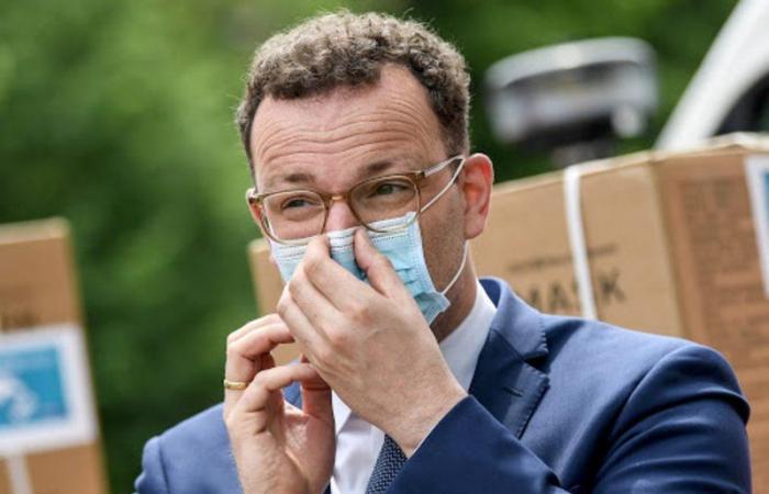 """""""كورونا"""" يباغت وزير الصحة الألماني"""