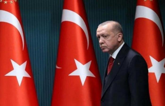 كذبة أردوغان ومكافحة الفقر.. برلماني تركي يرد: تنفق شخصيًّا 4.5 ملايين ليرة يوميًّا