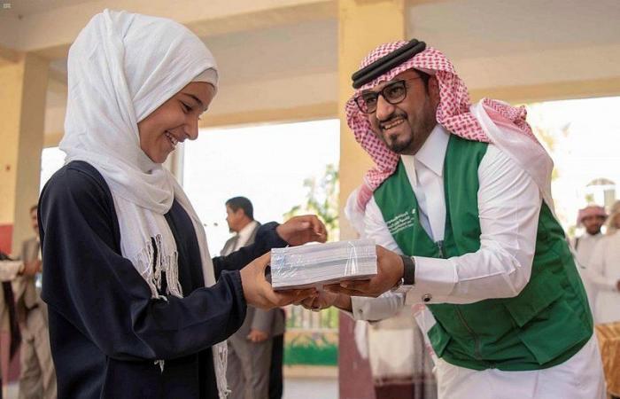 """""""إعمار اليمن"""" يدعم التعليم والتعلم عبر مشاريع نوعية متعددة في البلاد"""