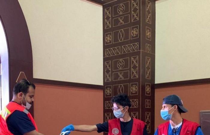 الهلال الأحمر بالباحة يقيم دورات تخصصية لمنسوبيه