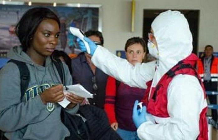 جنوب إفريقيا تسجل 1834 إصابة جديدة بكورونا و53 وفاة