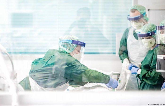 جونز هوبكنز: إصابات كورونا حول العالم تقترب من 43,5 مليون