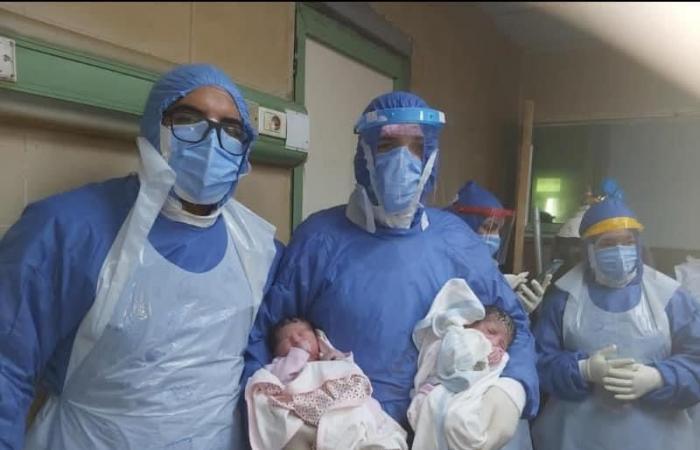 مصابة بكورونا تضع توأمًا بمستشفى جامعة المنصورة