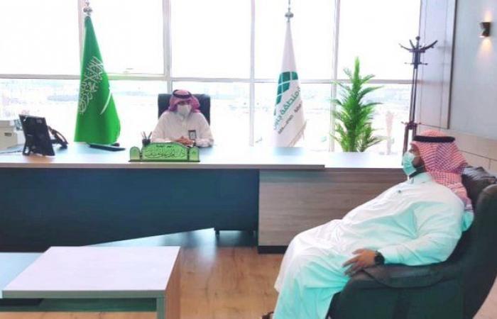 رئيس بلدية صامطة يستقبل مدير مكتب التعليم في المحافظة