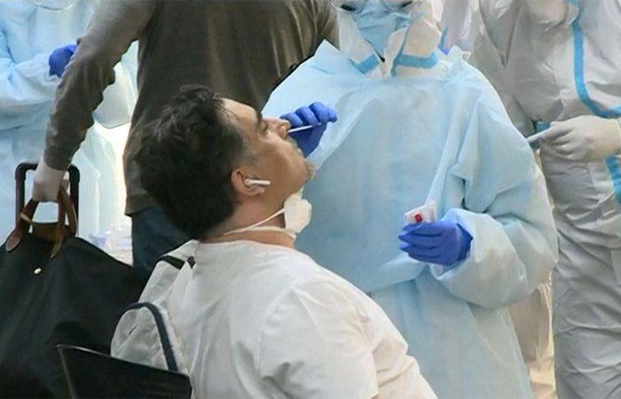 """لبنان.. """"كورونا"""" يصيب 2084 شخصًا جديدًا ويقتل 13"""
