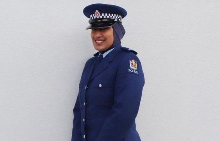 نيوزيلندا تسمح للشرطيات المسلمات بارتداء الحجاب مع الزي الرسمي