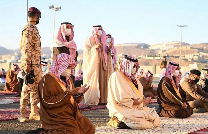 بالصور.. المصلون يؤدون صلاة الاستسقاء في جميع مناطق المملكة صباح اليوم