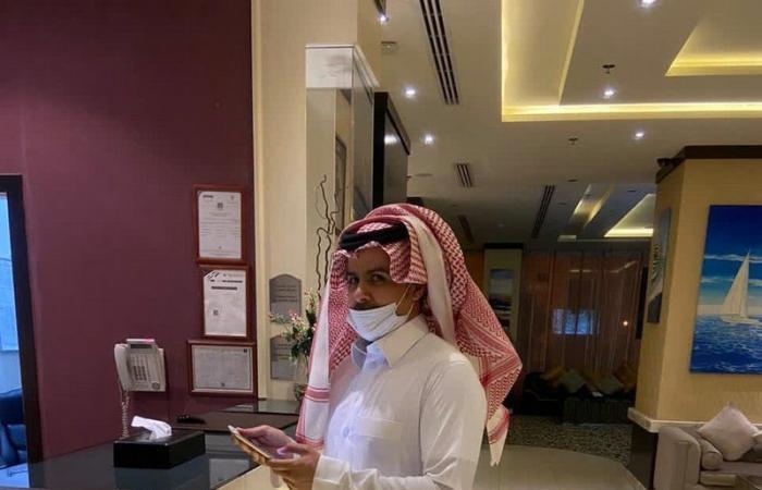 """""""موارد الرياض"""" يضبط """"74"""" مخالفة في قطاع الإيواء السياحي ومحال الحاسبات.. وإنذار أغلبها"""