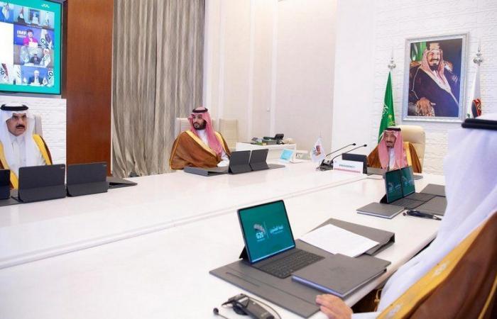 """موجز """"سبق"""" الأسبوعي: السعودية تحتضن قمة الـ20.. والملك يدعو لقرارات تعيد الأمل للشعوب"""