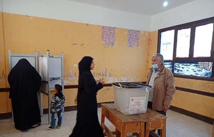 إقبال على التصويت بقرى المرشحين في ثاني أيام جولة الإعادة ببني سويف