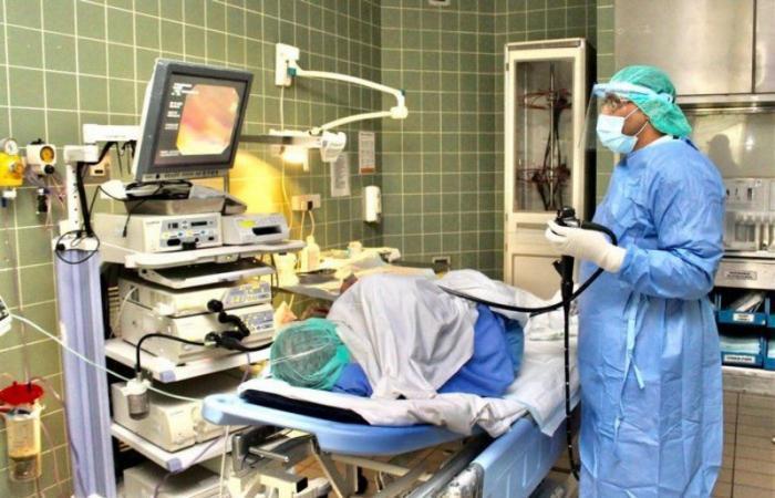 إجراء أكثر من 1200 عملية منظار بمستشفى الملك فهد بجازان