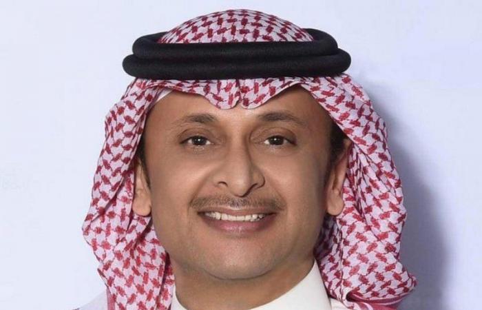 الفنان السعودي عبدالمجيد عبدالله ينعى والدته
