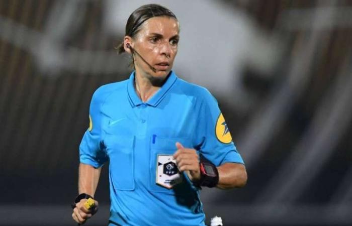 الفرنسية فرابار. أول امرأة تدير مباراة في دوري أبطال أوروبا لكرة القدم للرجال