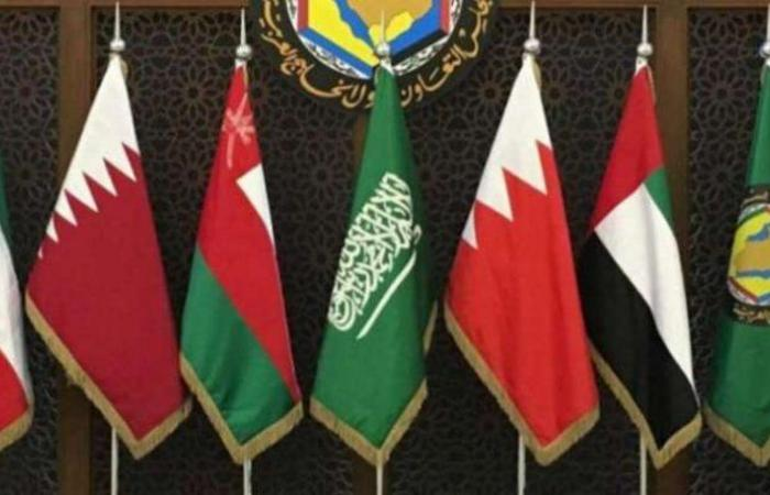 السعودية تدعم الحل السياسي للأزمة.. فهل تعود قطر للحاضنة الخليجية والعربية؟