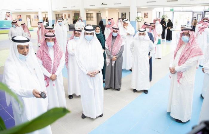"""""""آل الشيخ"""": التعليم عن بُعد سيستمر حتى بعد الجائحة في كل مدرسة لأنه من روافد دعم المنظومة"""