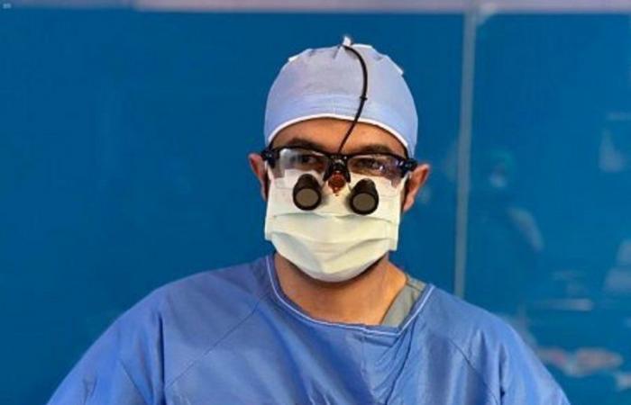 فريق طبي سعودي يستأصل ورماً وزنه أكثر من 7 كجم من بطن مريضة