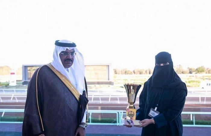 أول مدربة سباقات خيل بالسعودية تكشف سبب دخولها هذا المجال: والدي معلمي وداعمي الأول