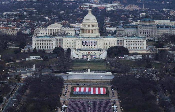 """أمريكا تستعد للحرب.. """"الذئاب المنفردة"""" تخطط لـ""""تخريب تنصيب بايدن""""!"""