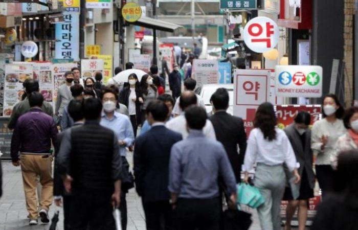 كوريا الجنوبية تسجّل 404 إصابات جديدة بكورونا و103 حالات بالصين