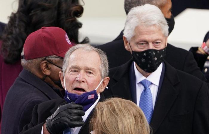 "شاهد .. رؤساء أمريكيون سابقون يشاركون في حفل تنصيب ""بايدن"""