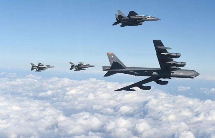 """تأكيداً لالتزام واشنطن بأمن المنطقة.. القاذفة """"بي-52"""" تحلق فوق الخليج للمرة الـ3 في شهر"""