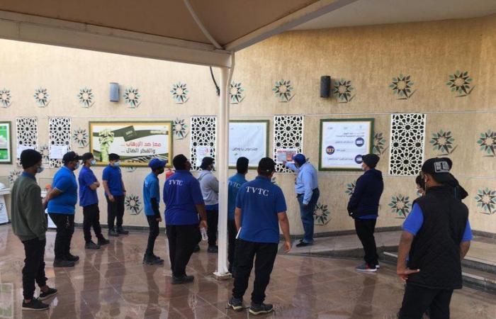 مكة.. المعهد الثانوي الصناعي ينفّذ معرضًا توعويًّا عن كورونا والسلامة المهنية