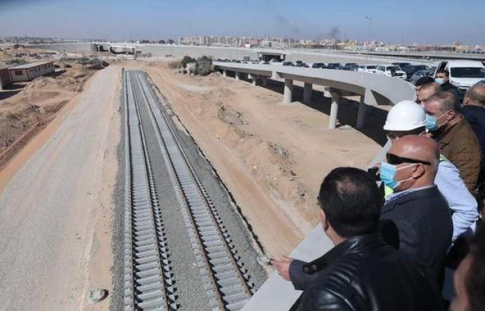 وزير النقل يتفقد أعمال تنفيذ مشروعَي مونوريل العاصمة الإدارية والقطار الكهربائي