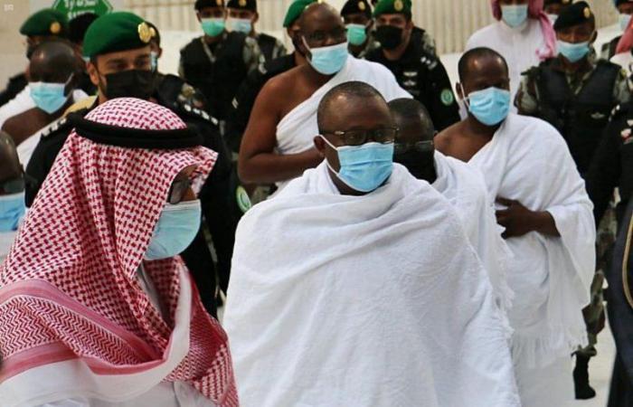 رئيس جمهورية غينيا بيساو يؤدي مناسك العمرة