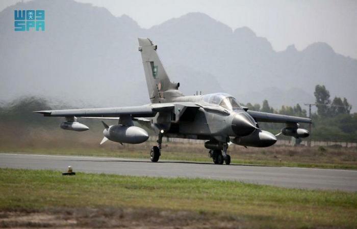 """""""القوات الجوية"""" تختتم مشاركتها في مناورات """"مركز التفوق الجوي 2021"""" بباكستان"""