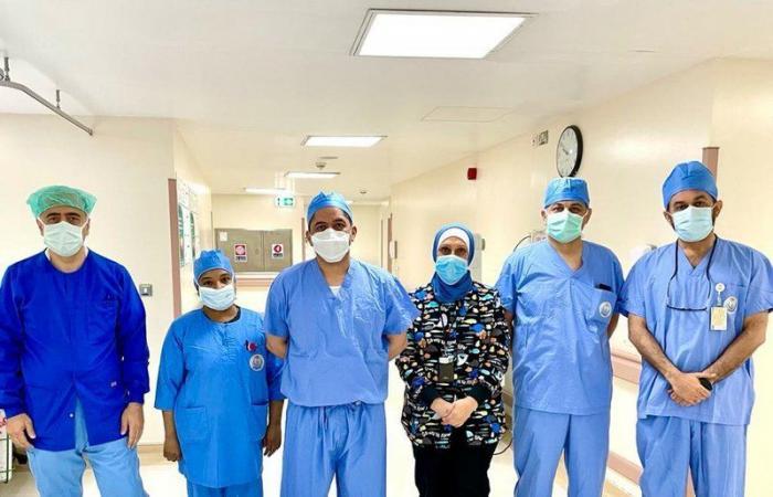 """فريق طبي بـ""""تخصصي الدمام"""" ينهي معاناة طفلة في جراحة فريدة من نوعها بالعالم"""