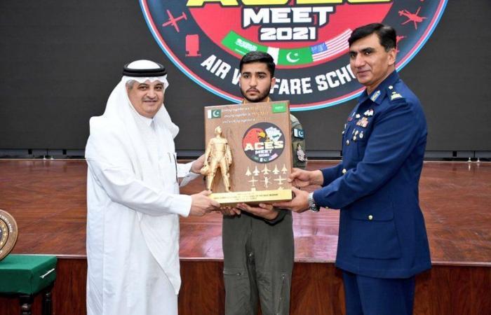 بالصور.. القوات السعودية تختتم مناوراتها الجوية مع نظيرتها الباكستانية
