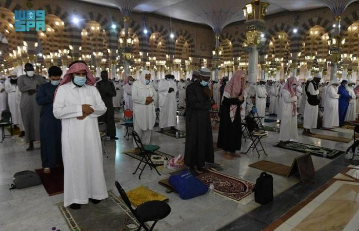 إقامة أول صلاة تراويح في أول ليلة لشهر رمضان المبارك بالمسجد النبوي
