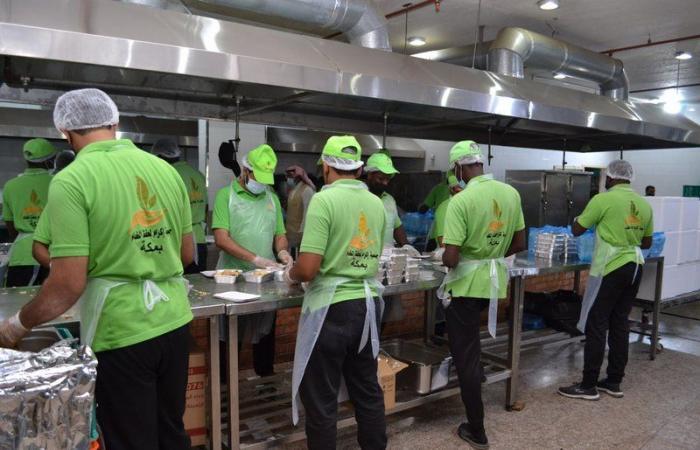 """""""إكرام"""" توزع 5 آلاف وجبة إفطار صائم على المستفيدين بمكة المكرمة"""