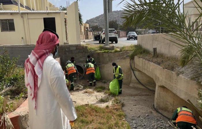 أمين الطائف ومدير الدفاع المدني يتابعان الحالة المطرية ويتفقدان الجهود
