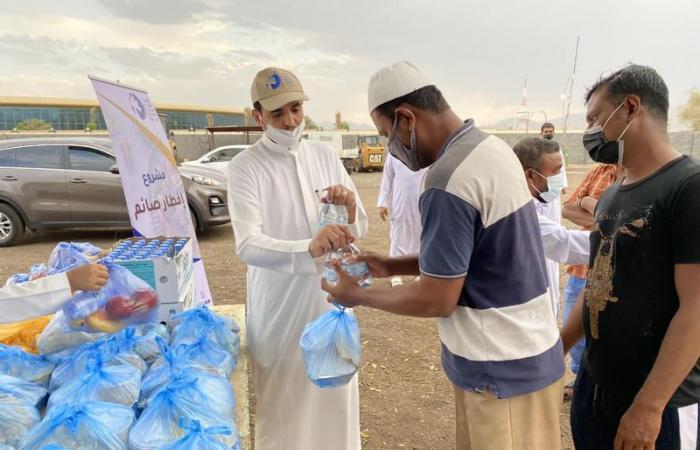 توزيع 20 ألف وجبة طازجة في إفطار صائم بخيرية نجران خلال رمضان