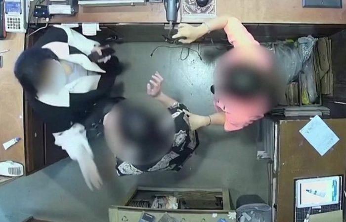 زوجة سفير بلجيكا بكوريا الجنوبية تصفع موظفة بمتجر.. تعرف على السبب؟