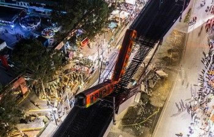 """الأسبوع في 10 صور: قطار المكسيك يفجع ركابه.. ولقطة غريبة لـ""""بايدن"""" و""""كارتر"""""""