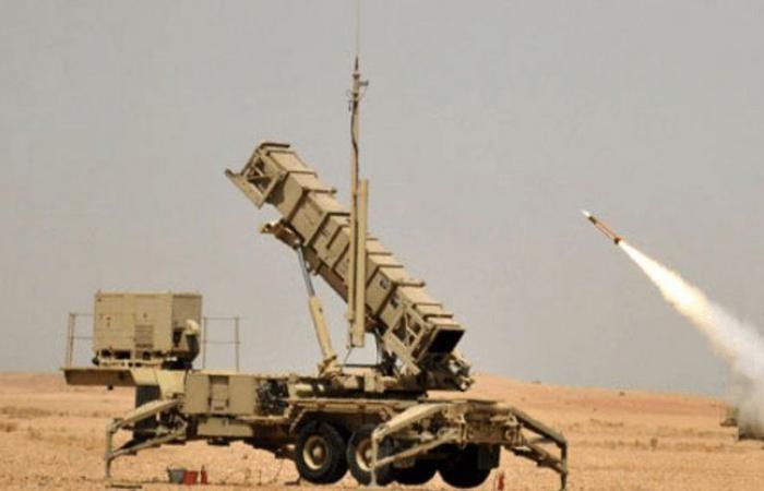 التحالف: الدفاع الجوي يعترض ويدمر طائرة دون طيار مفخخة أطلقت باتجاه خميس مشيط